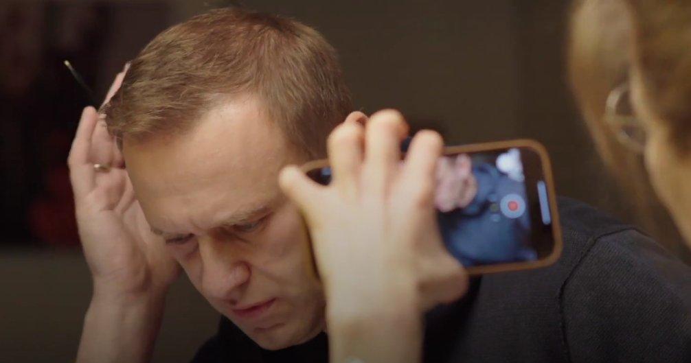 Алексей Навальный: «Я позвонил своему убийце. Он признался»