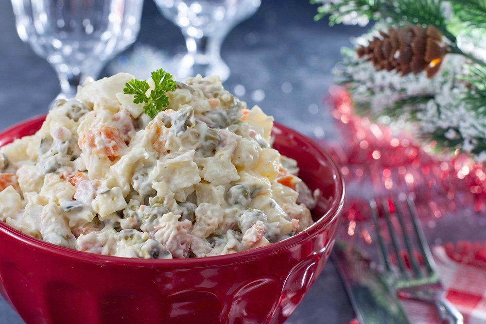 Во сколько нам обойдутся салат оливье и селедка под шубой на Новый Год