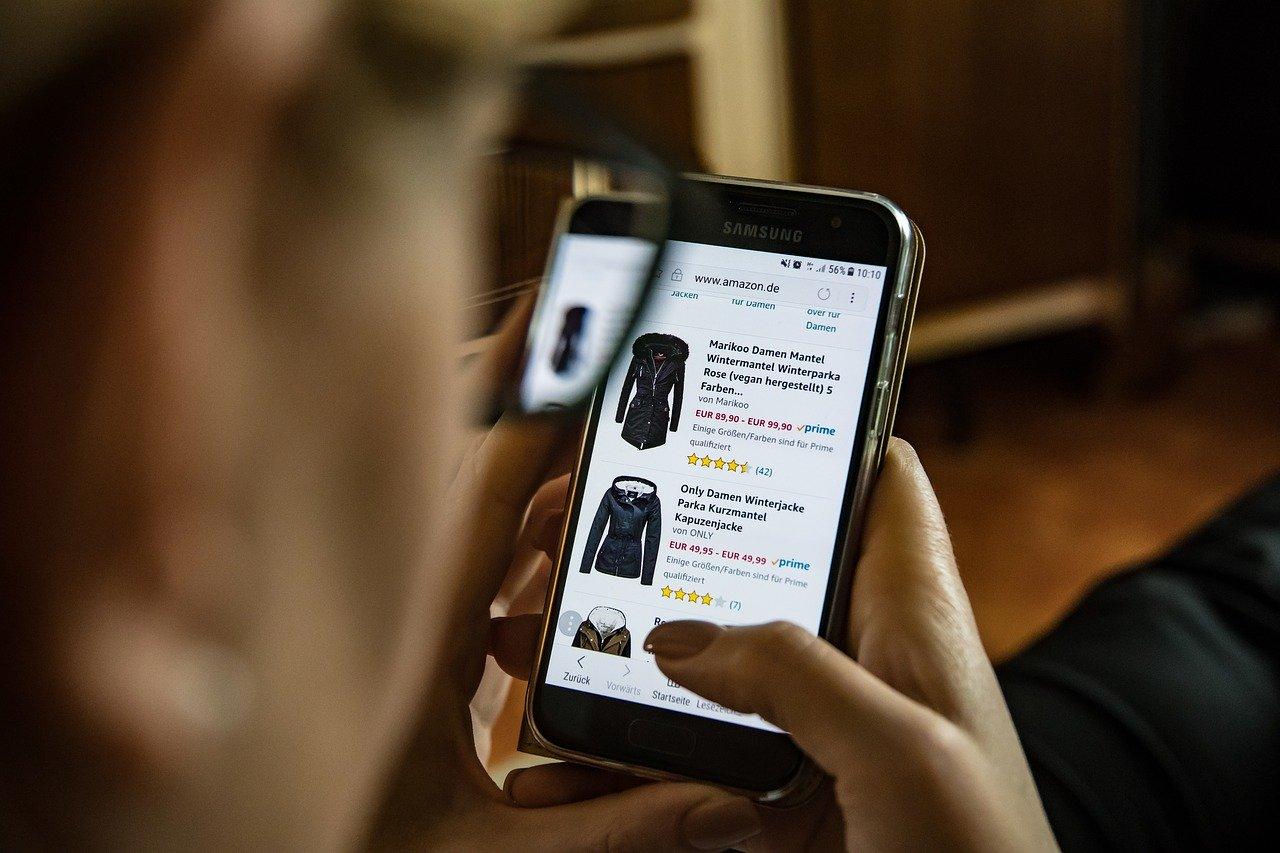 Что россияне больше покупают в кризис: ниши для открытия интернет-магазина