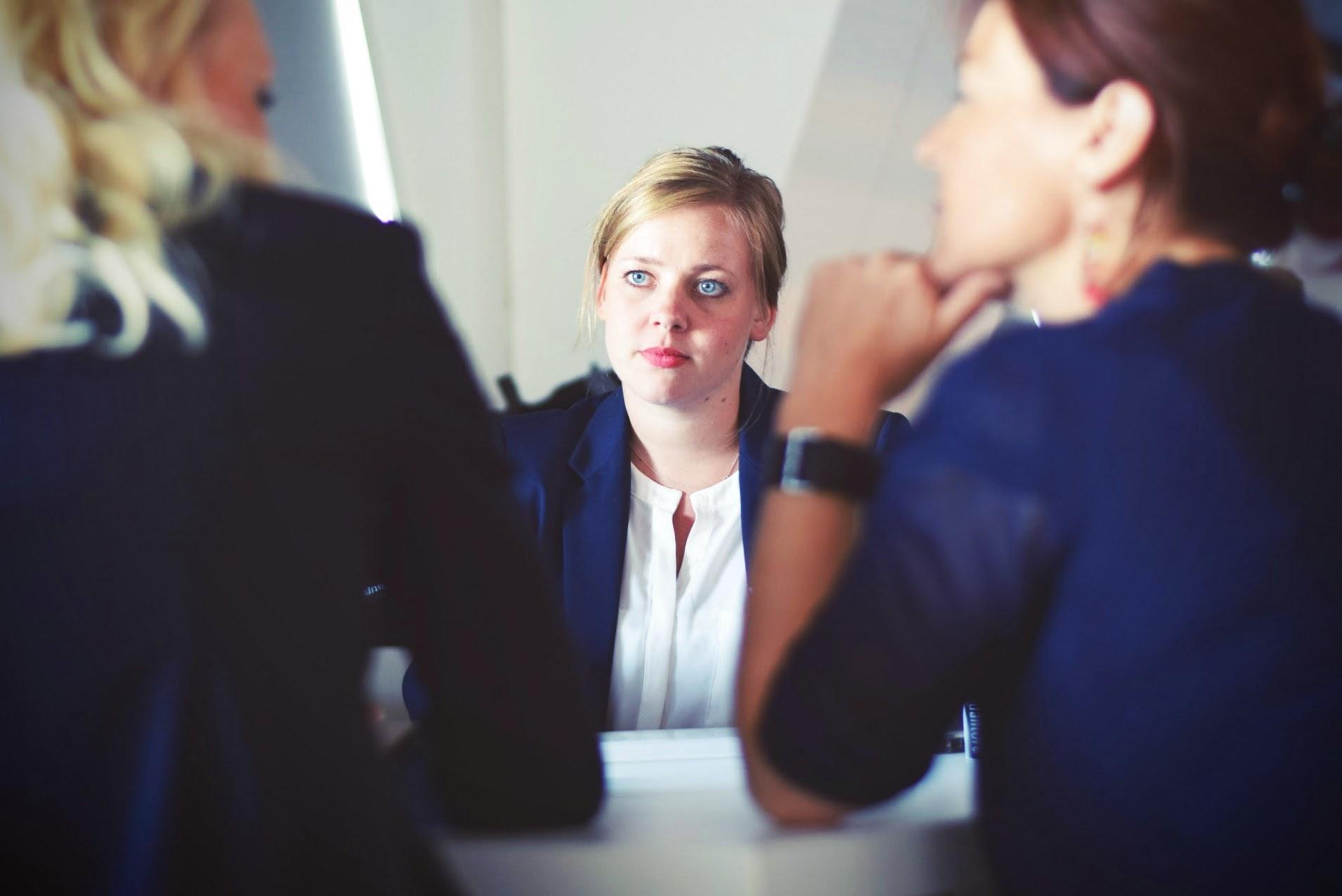 5 эмоций, которые стоит выключить на собеседовании