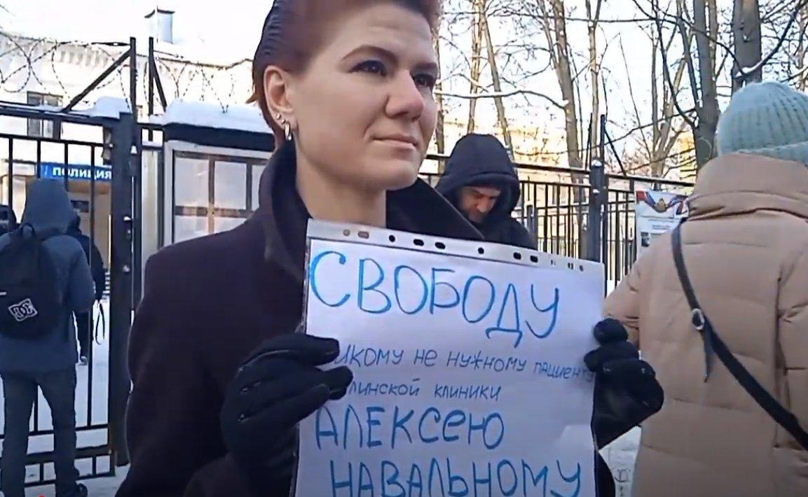 Суд над Навальным: меру пресечения выбирают прямо в полицейском участке