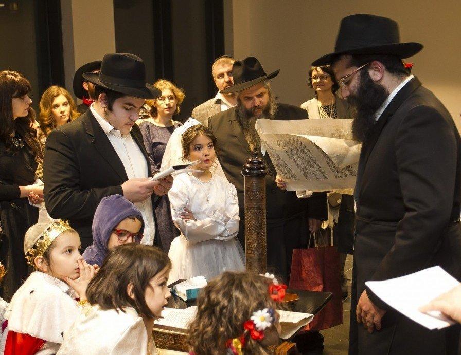 Пурим 2021: история и традиции еврейского праздника
