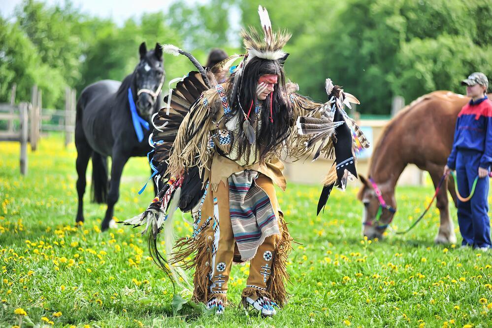 Jeep Cherokee против индейцев в Оклахоме