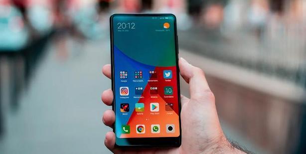 Xiaomi объявила о наборе тестировщиков русской версии MIUI 12