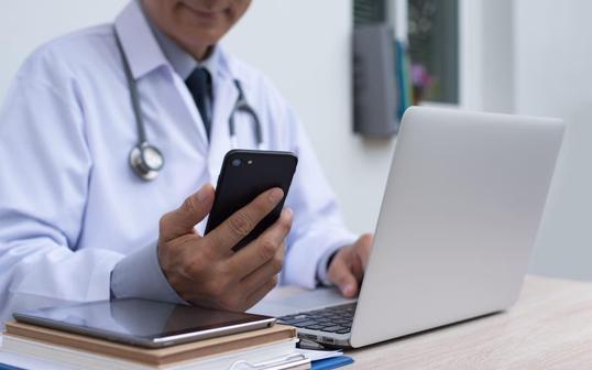 Онлайн-терапевт: кто это и как им стать