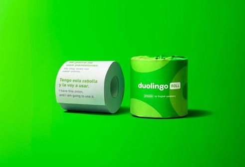 Приложение Duolingo выпустило туалетную бумагу с уроками иностранного языка