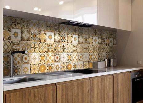 Как подобрать и с чем сочетать настенный кухонный фартук