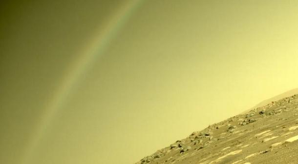 Радуга на Марсе: сенсационный снимок ровера NASA Perseverance