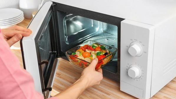 Какая посуда подходит для микроволновки