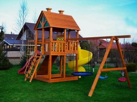 Детская площадка на даче: особенности установки