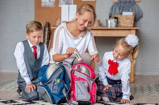 Выплаты семьям с детьми школьного возраста начнутся с 16 августа