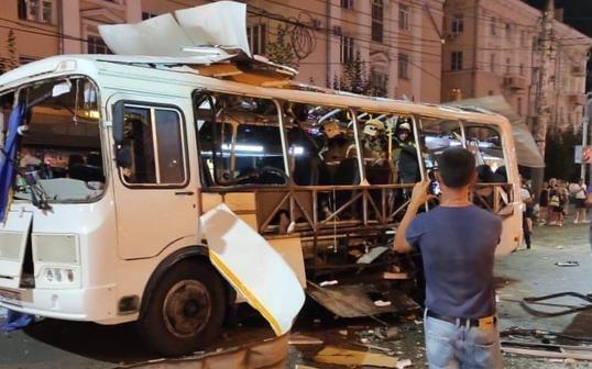 Автобус в Воронеже могли взорвать из-за конфликта перевозчиков