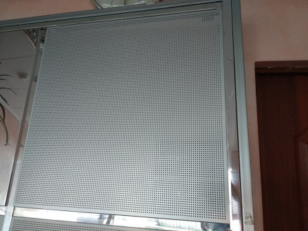 Звукопоглощающие потолки подвесные алюминиевые