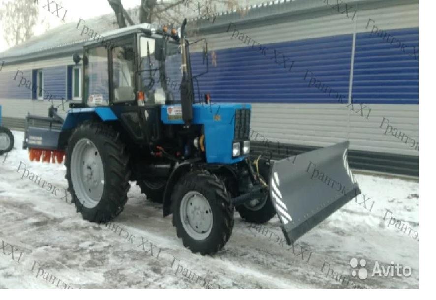 Трактор Беларус 82.1 отвал щетка (муп-351-01)
