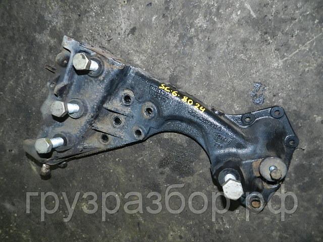 Кронштейн буксировочного крюка лев бу для Scania
