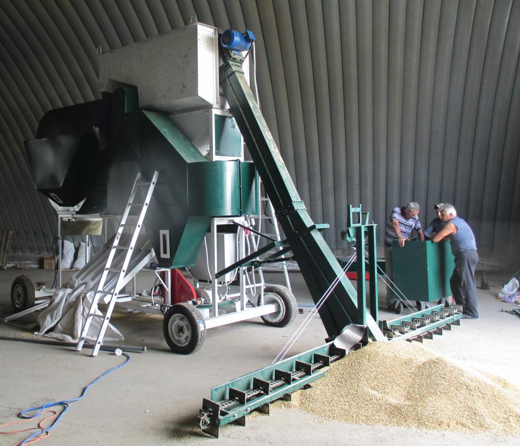 Зерноочистительный комплекс самопередвижной СОК 30