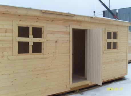 Бытовка деревянная 5,8х2,3м