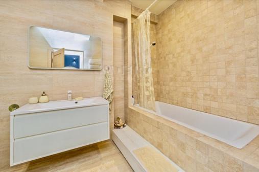 """Элитная 3-комнатная квартира в комплексе апартаментов премиум-класса""""Зелёная Роща"""" в Сочи"""