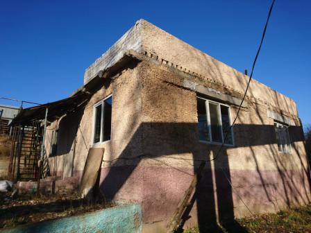 дом 100 м2 на участке 5 соток пос. чкалова