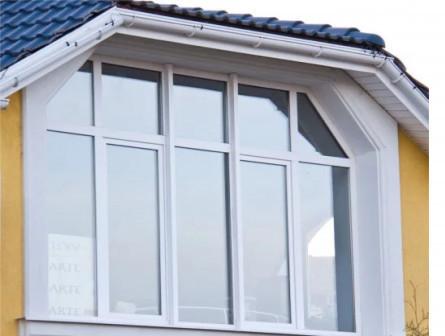 Устанавливаем металлопластиковые окна и балконы