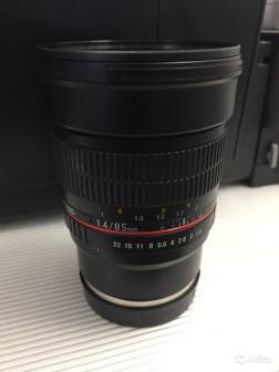 Samyang 85mm f/1.4 для Sony байонет E