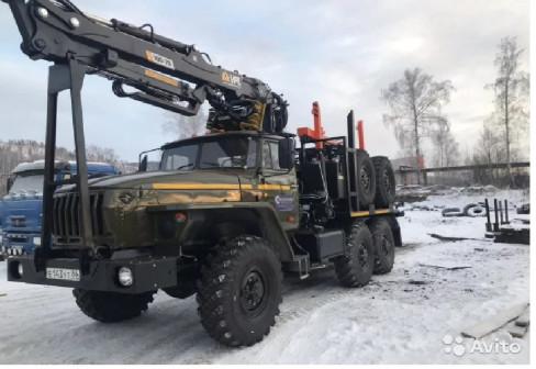 Лесовоз Урал,капремонт 2019 с новым манипулятором