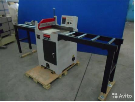 Торцовочный станок (стол на 250 мм)