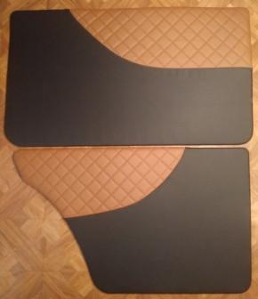 Обшивки дверей на ВАЗ 2107 (ромб под ручку)