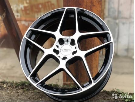 Новые оригинальные диски 5/108R18 Rizo RS3 BMF