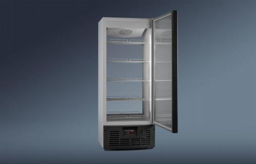 Холодильный шкаф среднетемпературный Ариада R700MSW
