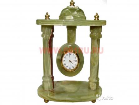 Часы оникс