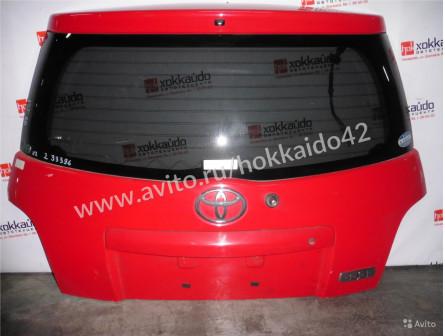 Дверь 5-я, Toyota Ist, 60, красный