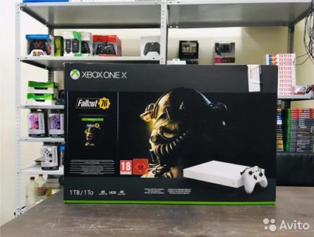 Xbox One X 1 Тб White + Игра Fallout 76