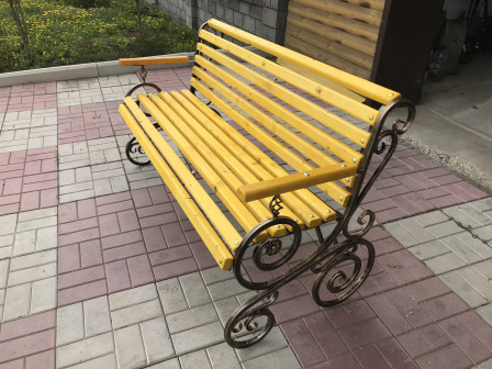 Ажурная скамейка для дома и сада