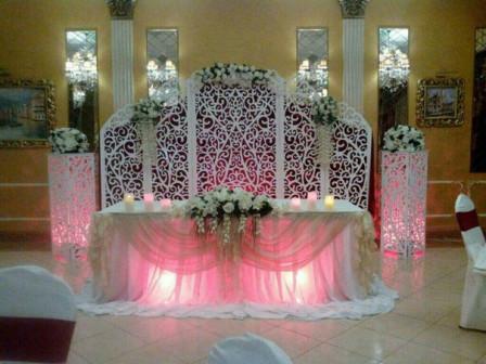 Свадебная ширма для выездной регистрации и украшения стола.