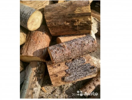 Сухие дрова чурками