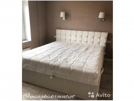 Кровать мягкая новая
