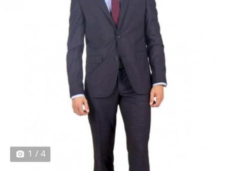 Мужской костюм элитной фирмы SVYATNYH