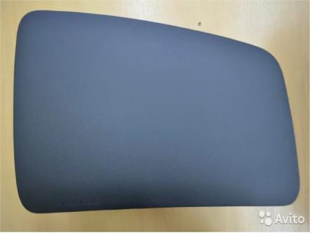Крышка (вкладыш) в торпедо Subaru forester