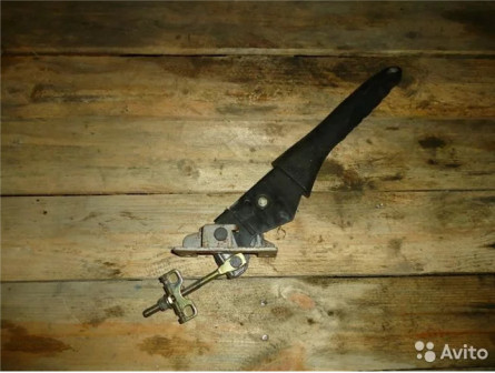 Ручник рычаг стояночного тормоза Peugeot Пежо 206