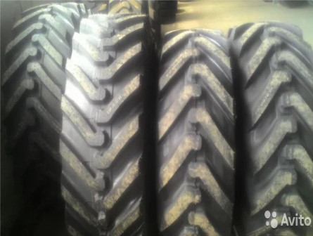 16.9-24 (440/80-24) Michelin Power CL