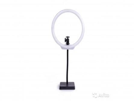 Настольная кольцевая лампа Mettle Compact 144диода