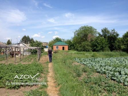 Продаётся земельный участок с домом в п.Молдаванский Красноармейского района