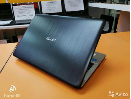 Asus x541n pentium n4200/4gb /810m