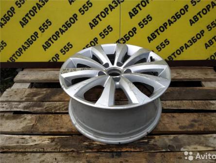 Volkswagen Passat (B7) Диск колесный легкосплавный