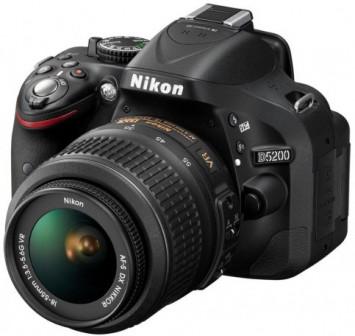 зеркальный фотоаппарат Nikon D5200 kit 18-55