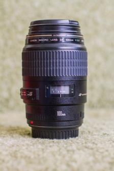 Объектив Кэнон Canon EF 100mm f/2.8 Macro USM