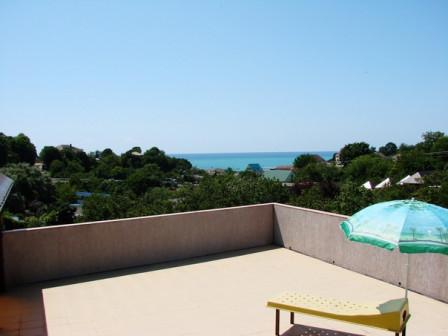 НАТАН - гостевой дом с видом на море.