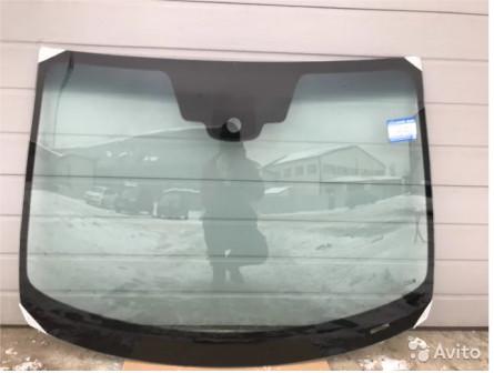 Лобовое стекло на Nissan Qashqai в наличии