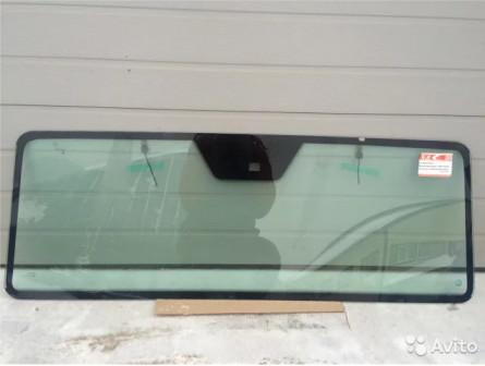 Лобовое стекло на Merсedes G класс с обогревом